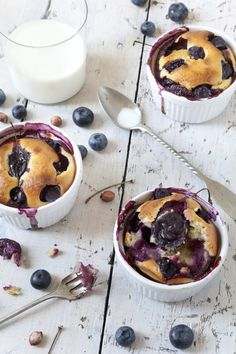 Taken from my latest book, Low Carb Slow Cooker by Sarah FlowerThis takes minutes to prepare and is so lovely when you fancy a dessert. Sugar Free Recipes, Low Carb Recipes, Blueberry Clafoutis, Low Carb Slow Cooker, Lchf, Yummy Cakes, Grain Free, Ketogenic Diet, Crock Pot