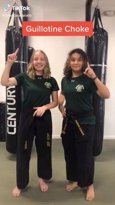 Self Defense Moves, Self Defense Martial Arts, Martial Arts Women, Martial Arts Workout, Martial Arts Training, Boxing Workout, Martial Arts Techniques, Self Defense Techniques, Krav Maga