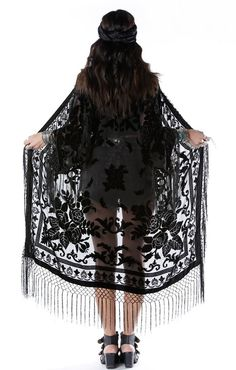 I want thus so bad but dang thats a bit expensive.... must find cheaper version....  Moon Chaser Brocade Velvet Burnout Fringe Kimono