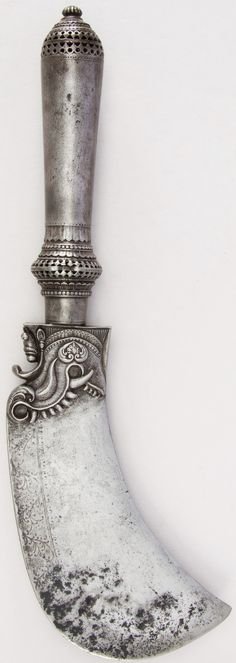 Indian (South) cleaver, probably 17th to 18th century, steel, H. 15 11/16 in. (39.8 cm); H. of blade 8 in. (20.3 cm); W. 2 3/16 in. (5.6 cm); Wt. 3 lbs. 9.1 oz. (1618.8 g), Met Museum, Bequest of George C. Stone, 1935.