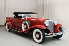 This 1931 Chrysler CG Imperial Roadster bears coachwork by LeBaron, one of the era's finest designers and coachbuilders. Vintage Cars, Antique Cars, Convertible, Chrysler Cars, Chrysler Imperial, First Car, Car Covers, Classic Cars, Classic Auto