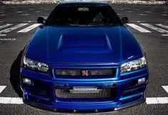 GT-R - Nissan Love