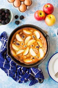 Blackberry & Apple Paleo Dutch Baby - a fast and easy puffed oven pancake made with fresh fruit for the perfect fuss free breakfast.  Grain free and dairy free