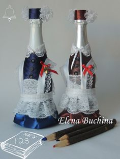 Bottle Candles, Glass Bottles, Painted Bottles, Wine Glass, Wine Bottle Holders, Wine Bottle Crafts, Bottle Painting, Bottle Art, Creative Textiles