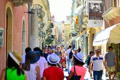 European-travel-blog-Sicily  International Travel blog| Visit Taormina, Sicilia  | #Cvetybaby http://cvetybaby.com/taormina/ #sicilia #travel #fblogger #blog #blogger #sicily