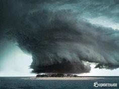 Остров в Тихом океане - эпицентр зарождения торнадо