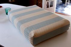How to sew cushion covers for your campers ow to cover RV cushions!  So doing thisI