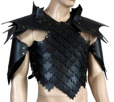Simple leather scale armor perfect for any larp or cosplay.