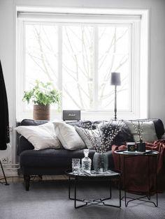 Светлая квартира вобравшая в себя очаровательные элементы стиля 20-х годов имеет площадь всего 38 квадратных метров