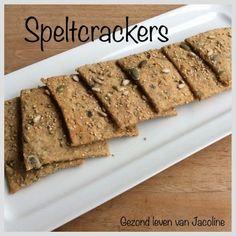 Gezond leven van Jacoline: Speltcrackers Low Carb Crackers, Low Carb Recipes, Healthy Recipes, Homemade Crackers, Vegan Muffins, Good Food, Yummy Food, Sweet Bakery, Happy Foods