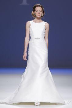 Barcelona bridal week. Diseñadora:  Ana Torres