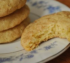 Young Homemakers: Taste of the Season: Pumpkin Spice Snickerdoodles