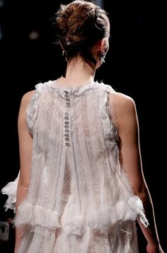 Chanel SS 2011 details