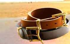 Buy leather belts online in various designs and material.. Click to know more http://hytrend.com/men/accessories/belts.html