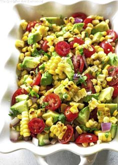 This Corn, Avocado, and Tomato Salad is a fresh and light side dish perfect for summer BBQs and potlucks. Grill the corn for a little extra something special. This Corn, Avocado, and Tomato Salad is Tomato Salad Recipes, Salad Recipes Video, Cucumber Recipes, Salad Recipes For Dinner, Avocado Dessert, Penne, Paleo, Keto, Avocado Toast