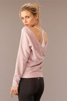 SOLOW - Fleece Pullover with V-Back