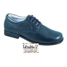 97fa58b9f Estos zapatos infantiles son ideales para Primera Comunión o como calzado  de ceremonia. Han sido