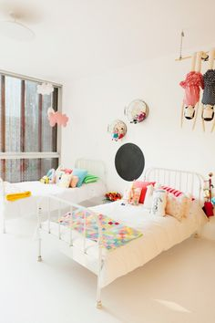 lovely shared kid's bedroom