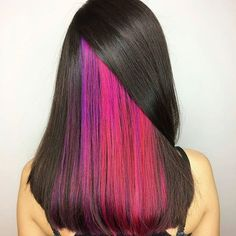 Peekaboo pink by Carmen @carmenn.montero #pinkhair #purplehair #violethair #oribe #randco #lbp #luxurybrandpartners #chico #chicohair #hairstylist #olaplex #hairgoals #behindthechair #modernsalon #americansalon #two22salon - #regrann