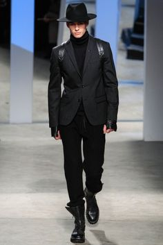 Kenneth Cole - New York Fashion Week 2014-2015 #NYFW #menswear #kennethcole #susanafashionproject