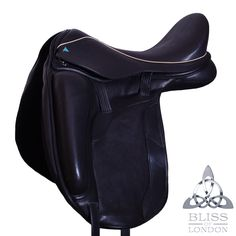 Paramour Dressage Saddle #dressage #saddle http://www.bliss-of-london.com/quality-leather-saddles/#paramour-dressage