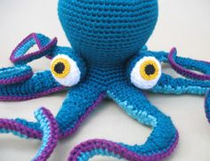 Giant Amigurumi Octopus! | Gleeful Things