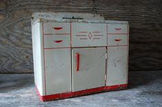 rusted 1950s white and red tin toy kitchen sink and by 720vintage