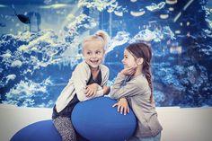 Find den nyeste børnemode hos Double Trouble, H&M, NameIt, Paw Sko, Skoringen, Stadium og The North Face i #Fisketorvet #Copenhagenmall #Børnemode #fashion #trends