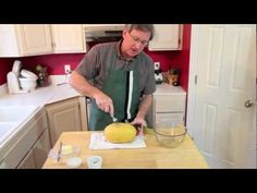 *YourProduceGuy shows you how to prepare spaghetti squash. It's spaghetti....from squash! I love it!      SUBSCRIBE TO MY FRESH PRODUCE / COOKING CHANNEL, NEW VIDEOS EVERY SATURDAY MORNING: http://www.youtube.com/YourProduceGuy      SEE THIS VIDEO AND MORE IN THE FOLLOWING PLAYLISTS:    Winter Squash Playlist: http://www.youtube.com/playlist?list=PLBADC9...