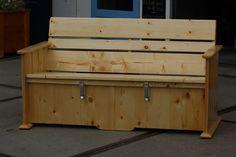 tuinbank van steigerhout met opbergruimte voor kussens