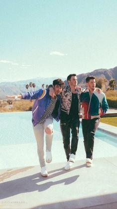 Jonas Brothers, Shawn Mendes, Nick Jonas, Frankie Jonas, Hollywood, Hugh Jackman, Film, Pretty People, Music Artists
