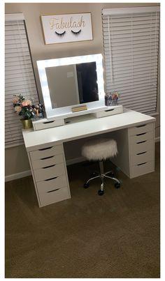 Room Design Bedroom, Room Ideas Bedroom, Home Room Design, Beauty Room Decor, Makeup Room Decor, Diy Beauty Desk, Bedroom Decor For Teen Girls, Teen Room Decor, Stylish Bedroom