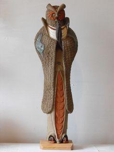 Meditating Owl, Wataru Sugiyama ceramic sculpture at Hanson Howard Gallery