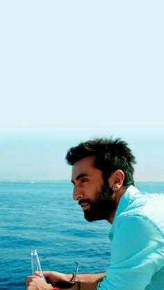 Ranbir Kapoor in yjhd Ranbir Kapoor Deepika Padukone, Shraddha Kapoor, Priyanka Chopra, Ranbir Kapoor Hairstyle, Tamasha Movie, Roy Kapoor, Rishi Kapoor, Hrithik Roshan, Bollywood Stars