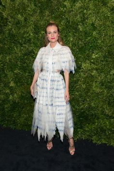 Diane Kruger en robe Chanel au gala du film du Museum of Modern Art de New York http://www.vogue.fr/mode/inspirations/diaporama/les-looks-de-la-semaine-novembre-2015/23782#diane-kruger-en-robe-chanel-au-gala-du-film-du-museum-of-modern-art-de-new-york