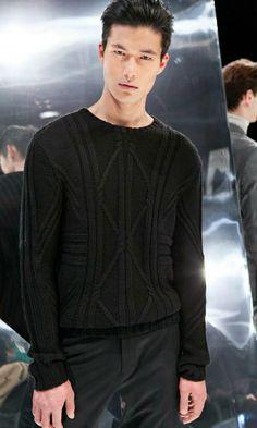 Dae Na menswear casual in black