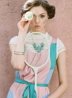 Try out a new sport (maybe badminton, tennis, or swimming). Dressing with holiday spirit in mind, don a sporty outfit in a pretty pastel hue! Tennis Fashion, Sport Fashion, Look Fashion, Street Fashion, Fashion Beauty, Charlotte Olympia, Estilo Lolita, Sapatos Sophia Webster, Vive Le Sport