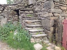 Old Barn Near Sawrey Ambleside. Cumbria LA22 0LF UK 227/5/16.