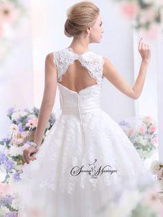 robe de mariee courte avec bustier manche