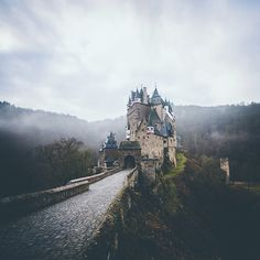 We finish the Eifel week with its probably most hyped spot: Castle Eltz - definitely a must see when you are here! We planned to show you more of beautiful Eifel National Park, somehow the week went over too quick... More to come soon, promise! | : @pangeaproductions