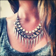loving this style of necklaces