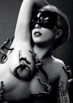 Lady Gaga naujasis kvapas Fame - kam pavyks atsispirti? #drogasladygaga