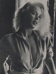 Mamie Van Doren Photo Portret Part 1 Mamie Van Doren, Betty Brosmer, Cinema, Star Wars, Norma Jeane, Up Girl, Timeless Beauty, Classic Beauty, Photos