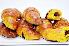 Cornuri pufoase, dospite, cu gem Food Goals, Pretzel Bites, Bread, Cooking, Baking Center, Kochen, Breads, Cuisine, Bakeries