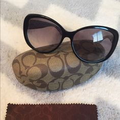 Coach Keri Sunglasses   Coach Keri Sunglasses , lightly used in Great Condition no scratches . There's a small dent in the left side on top off the frame not visible at all and case has some wear were the plastic liner is coming apart see pictures above ☝️. Coach Accessories Sunglasses