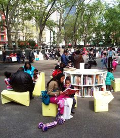 "mobile, modular outdoor library brings food for the mind and spirit into the public sphere, ""converting any square or sidewalk into a plein-air learning lounge."
