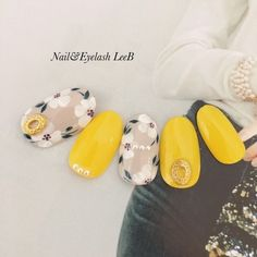 What manicure for what kind of nails? What manicure for what kind of nails? Yellow Nails Design, Yellow Nail Art, Manicure, Diy Nails, Nail Designs Spring, Cool Nail Designs, Japanese Nail Art, Trendy Nail Art, Nagel Gel
