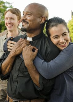 Seth Gilliam, Alanna Masterson and Jordan Woods-Robinson behind the scenes of Season 7 Episode 8 | Hearts Still Beating