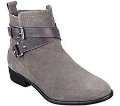 8ec906e36e1 37 Best QVC FFANY shoes for a cure... images