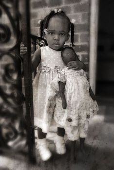 Sweetness, A Vintage Photo Of Two Little Black Dolls On The Porch Entry. Vintage Family Photos, Vintage Children Photos, Vintage Girls, Vintage Pictures, Vintage Photographs, Vintage Images, Vintage Black, Kind Photo, We Are The World